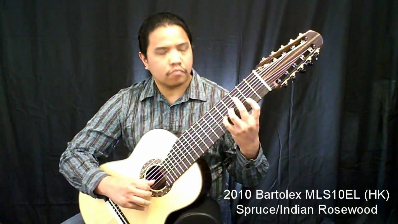 pdc tv 10 string guitar comparison video perfecto de castro performs bach prelude in g youtube. Black Bedroom Furniture Sets. Home Design Ideas
