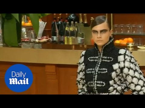 Cara Delevingne And Kendall Jenner Walk For Chanel - Daily Mail