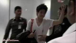 120405 Yoseob & B2ST at Suvarnabhumi Airport