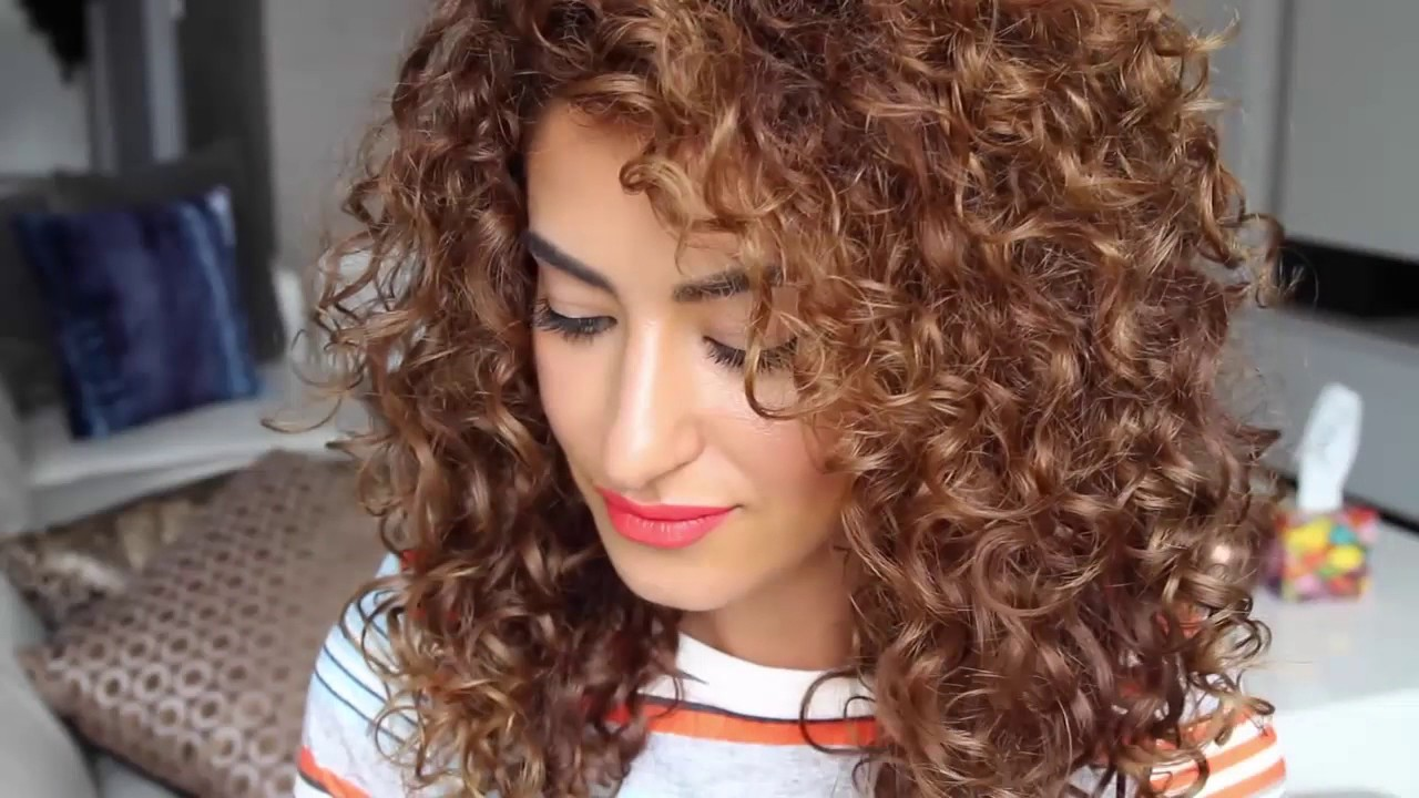 Natural Big Curly Hair Tutorial Using A Diffuser Natural Big Curly