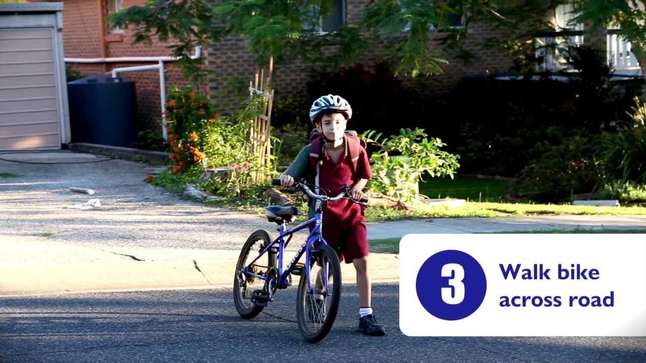 4 Rules to Cycle Safely photo