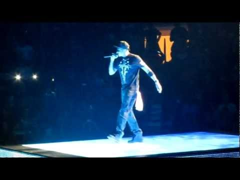 Jay Z & Kanye West - Who Gon Stop Me Live @ Madison Square Garden HD