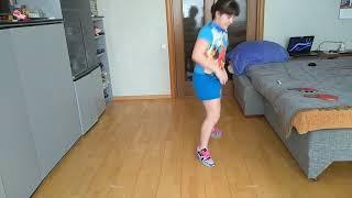 Занимаемся дома - упражнения для работы ног