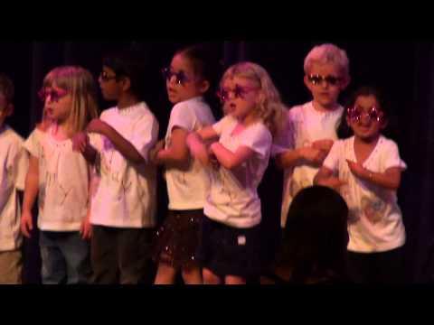 Castle Hills Montessori 2010 Recital   Put a Little Love in Your Heart