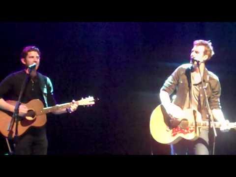 Tyler Hilton and Bryan Greenberg Duet