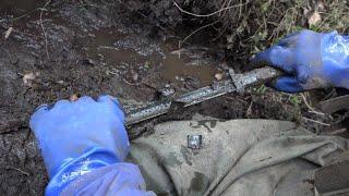 Раскопали Брошенный Немецкий блиндаж, куча находок, поиск с металлоискателем
