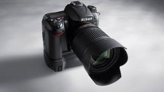 Обзор Nikon D7000(Видеообзор зеркальной камеры для серьезных любителей Nikon D7000. Сравнить цены: http://hotline.ua/tx/nikon_d7000_kit_18-105mm_vr/?catspot..., 2011-03-22T13:57:48.000Z)