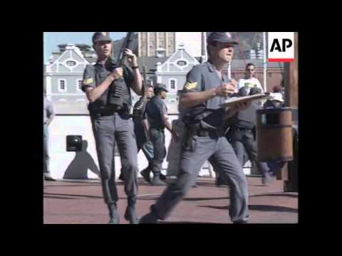 SOUTH AFRICA: CAPE TOWN: PAGAD DEMONSTRATORS CLASH WITH POLICE