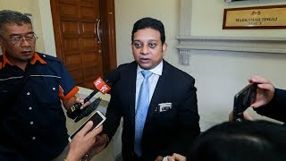 Hearing of Deepak's application to bring in Najib in Bala's suit on March 29