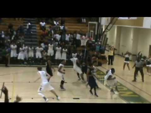 Damian Young Dunks Hoopmixtape