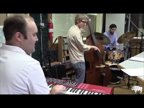 Studio Sessions: Ben Markley Trio - Swinging In A Winter Wonderland