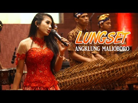 LUNGSET - Angklung Malioboro CAREHAL feat Penyanyi Cantik ESSY MARIA (Live at Alana Hotel)