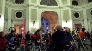 Critical mass in Hofburg