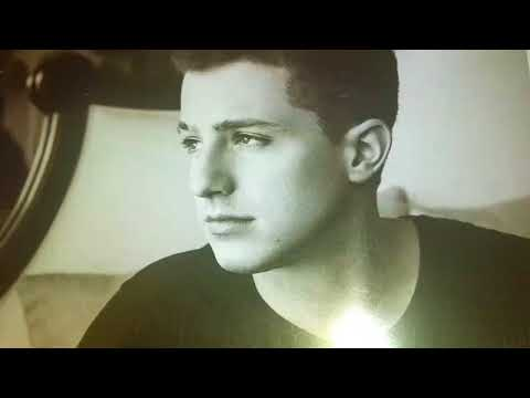Unboxing!!! - Charlie Puth - Voicenotes