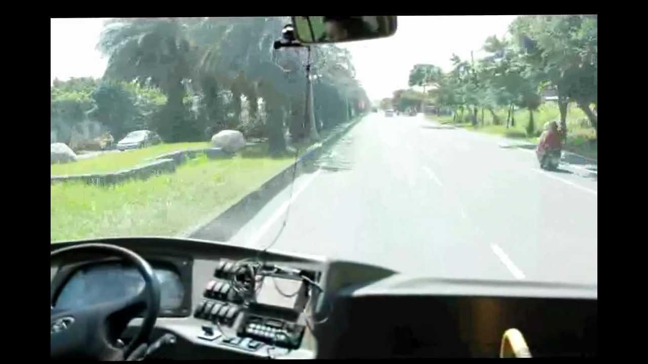 有量科技鋰電池 小馬租車 - YouTube