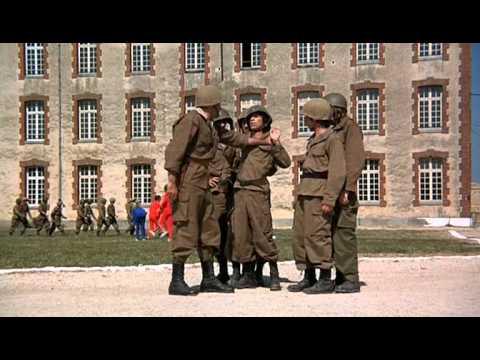 Безумные новобранцы / Les bidasses en folie (1971)