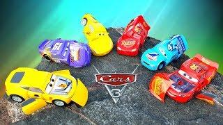 РАЗБИВАЕМ КРУТЫЕ МАШИНКИ ИЗ МУЛЬТИКА #ТАЧКИ 3 Молния Маккуин Крус Рамирес и другие cars #промашинки