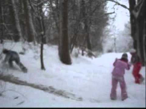 Im Schnee Spielen