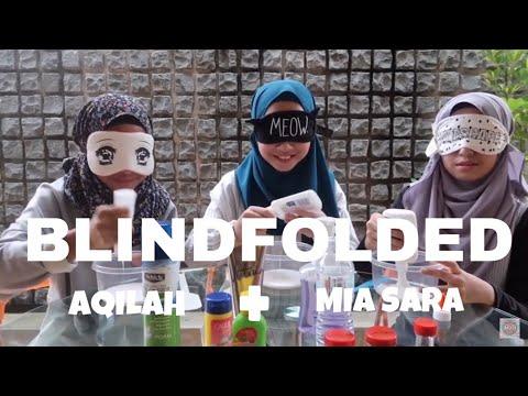 BLINDFOLDED SLIME CHALLENGE ft Mia&Aqilah