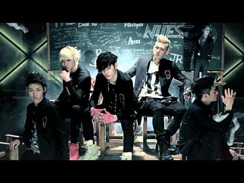 Korean dance song