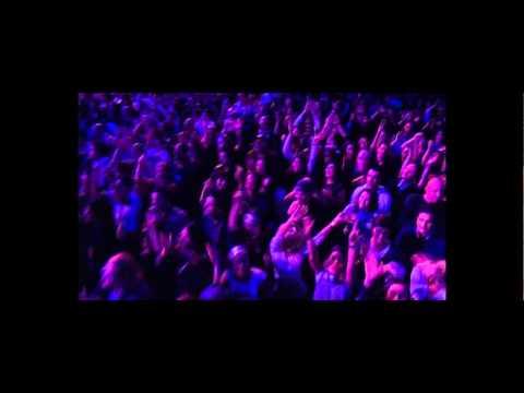 Eros Ramazzotti - Live world Tour 2009-2010 Un Attimo Di Pace ! ( part3 )