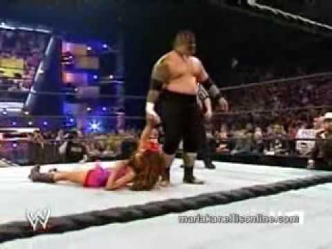 WWE Maria vs Umaga