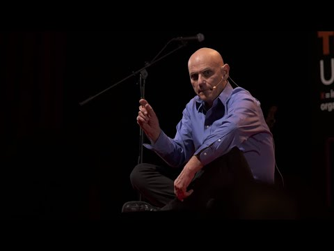 Psychological flexibility: How love turns pain into purpose | Steven Hayes | TEDxUniversityofNevada
