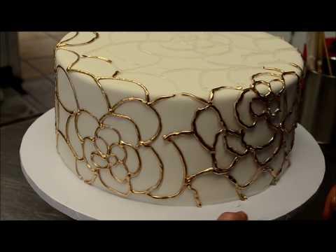 Украшение тортов   Как украсить свадебный торт золотыми цветами