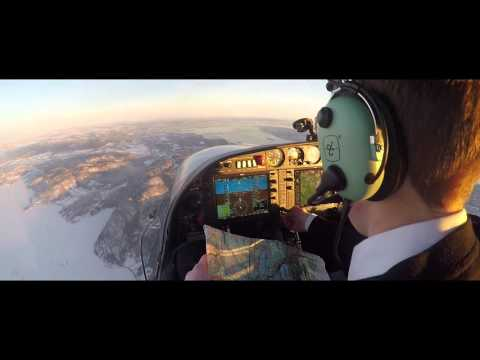 Pilot Flight Academy - Studentpilot flying solo over Oslo.