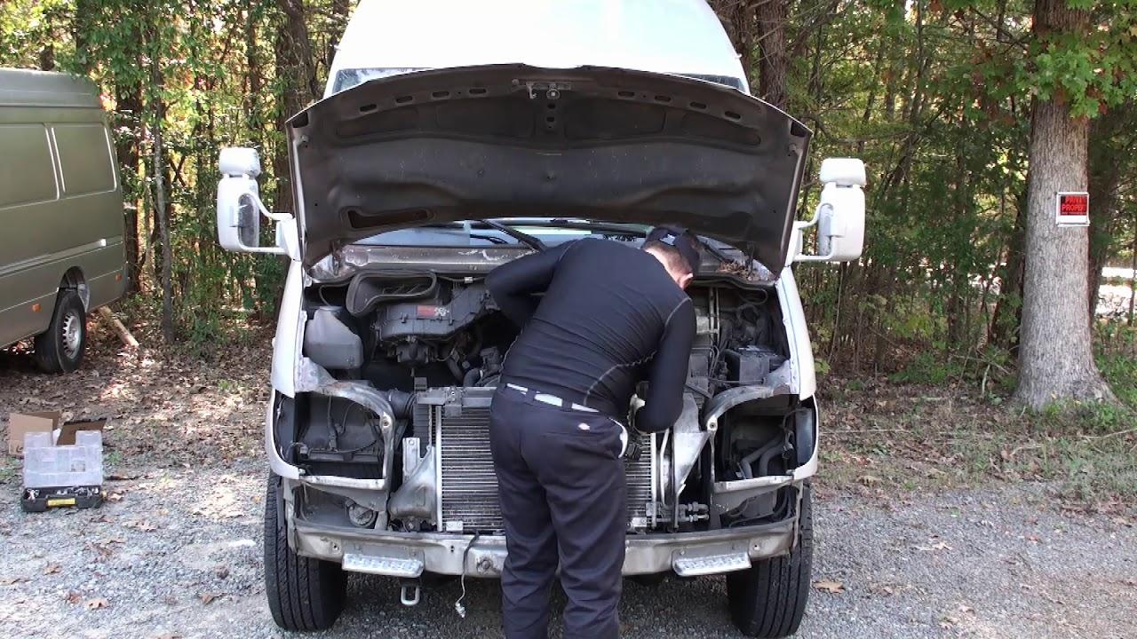 2002-2006 Dodge Freightliner Sprinter Van Bottle Jack And Tools