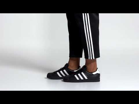 the best attitude 18178 e2d06 adidas Originals Superstar Foundation