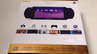 Sony PlayStation Portable (PSP-3000) Unboxing