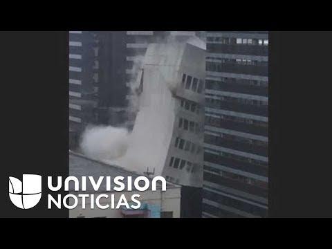 En tres, dos, uno... la espectacular demolición de un edificio en el centro de Austin