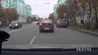 ДТП в Мурманске, 11.10.2013(Вот такое ДТП... Вопрос: