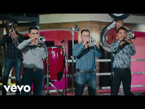 Смотреть клип Banda Carnaval - Nací En La Sierra