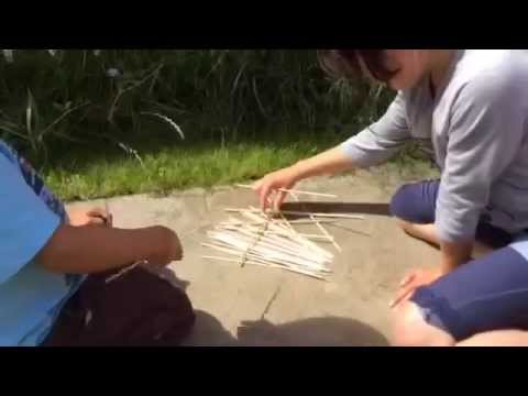 how to play traditional pick up sticks