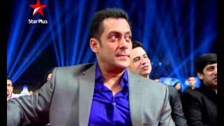 Watch Salman And Kareena Perform At Big Star Entertainment Awards