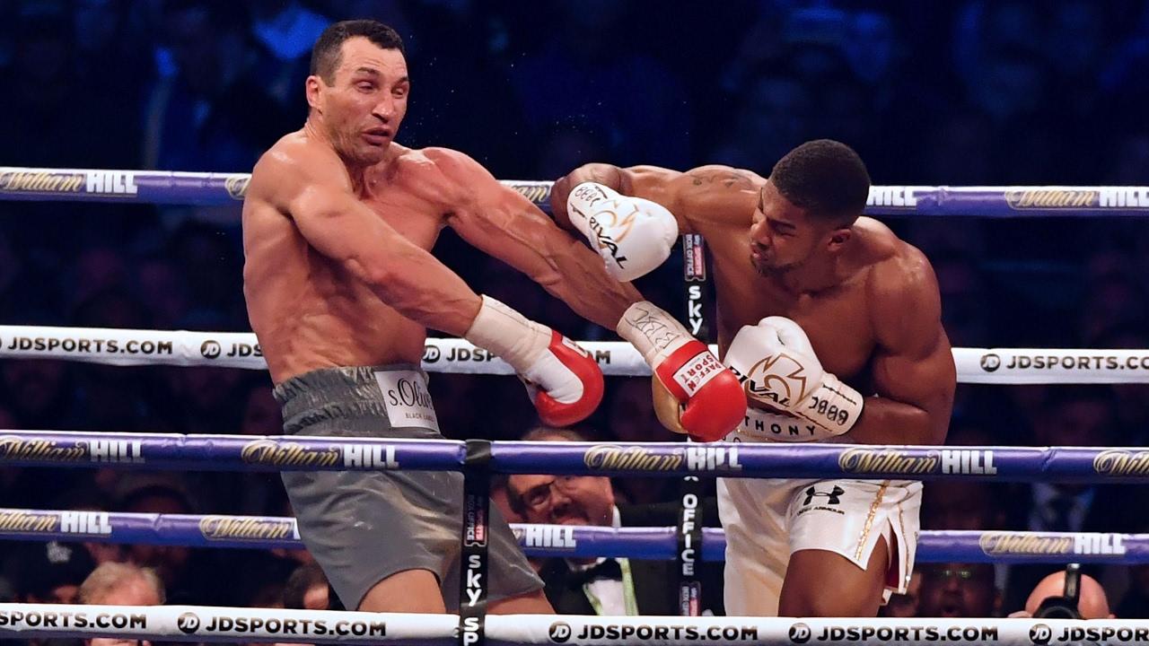 Anthony Joshua defeats Wladimir Klitschko in epic Wembley battle | Anthony  Joshua | The Guardian