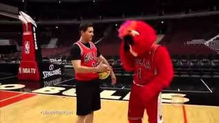 Chicago Bulls and Blackhawks Mascots vs  Ryan Chiaverini