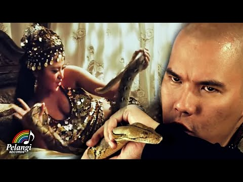 Dangdut - Dewi Perssik - Diam-Diam feat. Ahmad Dhani (Official Music Video)