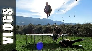 Accidente de trampolín, Coche Rally Football Tricks Online & Asadito - GuidoFTO