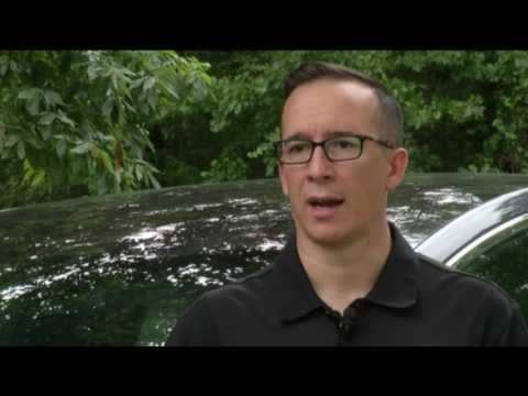 Video: Missouri man claims self-driving Tesla SUV saved his life