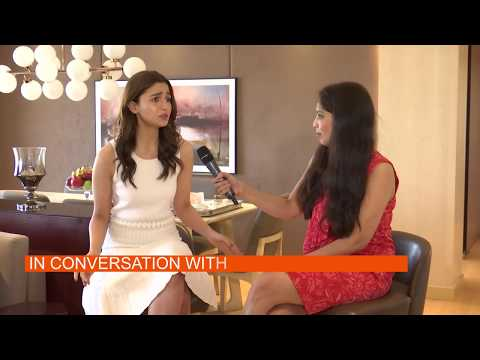 Catch Alia Bhatt In An Exclusive Interview On E Buzz Mp3