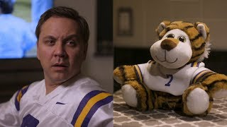 SEC Shorts - Talking LSU stuffed animal is way too honest during games