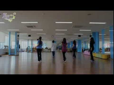 Singalong Song Line Dance (Watch in HD)