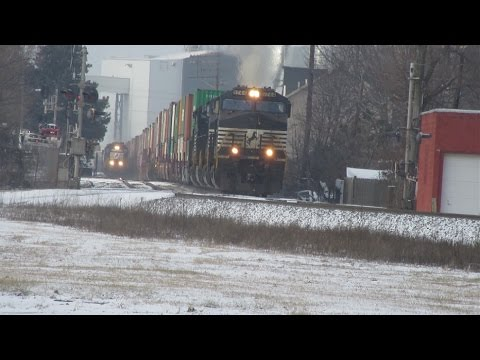 A Snowy Winter Day of Railfanning in Fostoria, Ohio.  1/6/2017.