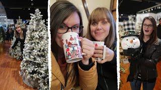 Getting into the Fesтive Spirit! (Christmas Markets!) | Lesbian Couple Vlog - UK