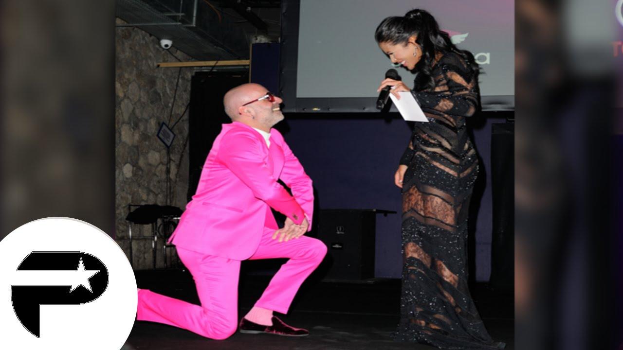 Ayem fond en larmes en public apr s une d claration d 39 amour youtube - Charlotte de turckheim et son mari ...