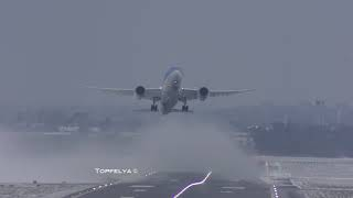 Being 787 pilots battling with crosswind Epic jet blast during takeoff