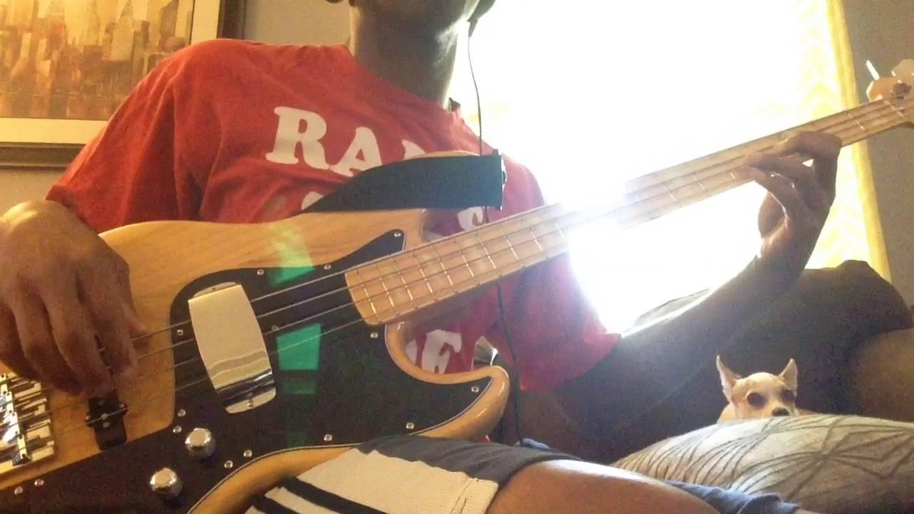 sire v7 vs fender marcus miller jazz bass passive bridge pickup youtube. Black Bedroom Furniture Sets. Home Design Ideas